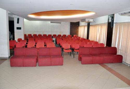 conference-lounge